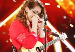 Mandy Harvey on America's Got Talent show.