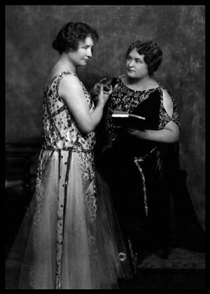 Helen Keller and Anne Sullivan in Vaudeville costumes.